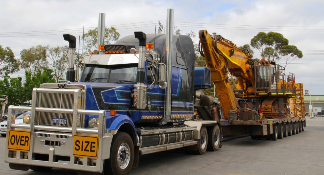 Western Star Prime Mover & Drake Platform Low Loader